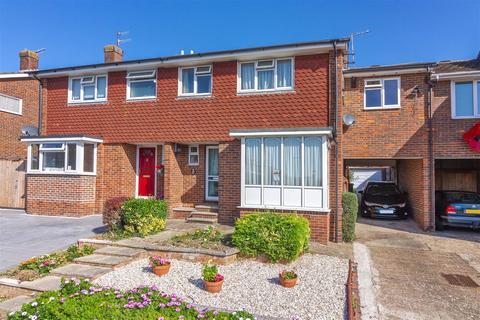 5 bedroom semi-detached house for sale - Carisbrooke Close, Lancing