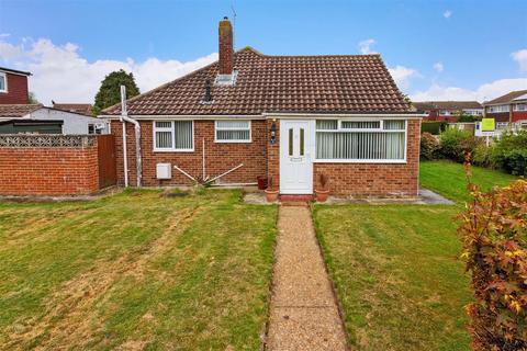2 bedroom semi-detached bungalow for sale - Burnside Crescent, Lancing