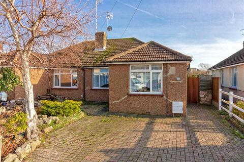 2 bedroom bungalow for sale - Abbey Road, Lancing
