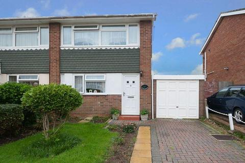 2 bedroom semi-detached house for sale - Ingleside Crescent, Lancing