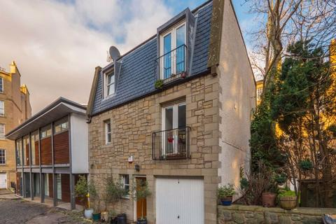 5 bedroom detached house to rent - GAYFIELD PLACE LANE, EH1 3NZ