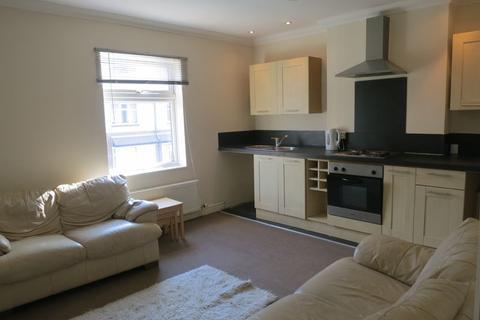 2 bedroom flat to rent - Westbourne Grove, Reddish
