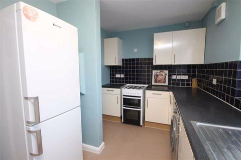 3 bedroom flat to rent - Selby Road, Tottenham, London