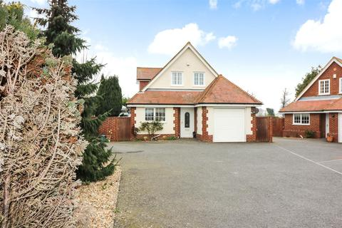 4 bedroom detached house for sale - Eastry