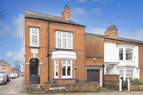 4 bedroom detached house for sale - Clarendon  Park