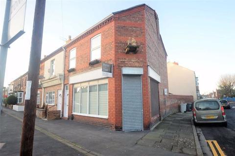 2 bedroom terraced house for sale - Woodchurch Lane, Prenton, CH42