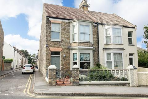 4 bedroom semi-detached house for sale - St. Peters Road, Margate
