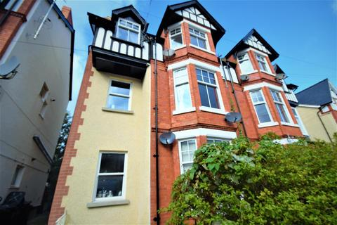 2 bedroom penthouse for sale - Lawson Road, Colwyn Bay