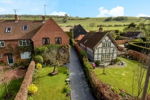 3 bedroom cottage for sale - Turville, Buckinghamshire, RG9