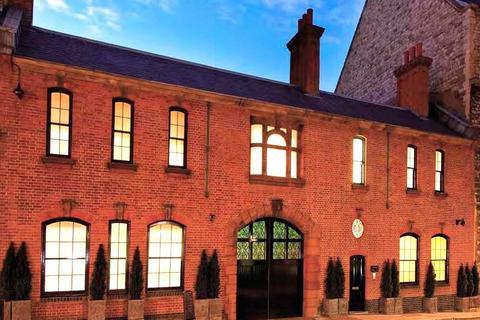 7 bedroom detached house to rent - Brick Street, Mayfair