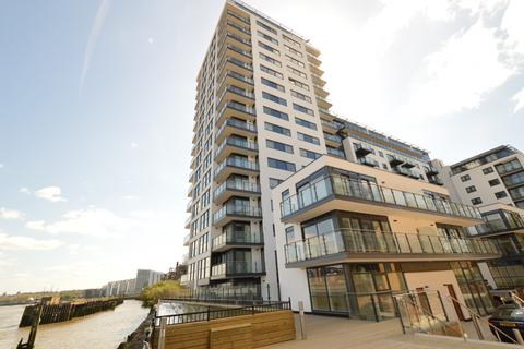 2 bedroom flat for sale - Cornmill House, 4 Wharf Street, London, SE8