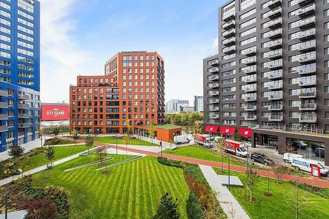 2 bedroom apartment to rent - Bridgewater House, London City Island, Hope Street, Canning Town, London, E14