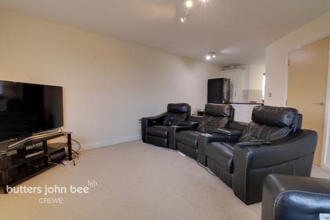 2 bedroom apartment - Merlin Court, Crewe