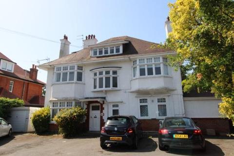 Studio to rent - Milton Road, Charminster, Bournemouth BH8