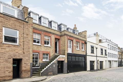 1 bedroom apartment to rent - Weymouth Mews, Marylebone, London, W1G