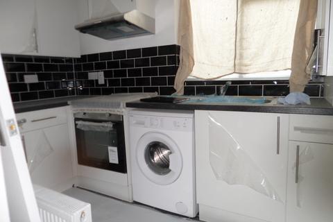 1 bedroom flat to rent - London, E7 0LD