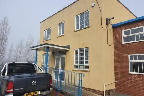 2 bedroom apartment to rent - First Floor Annexe