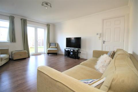 1 bedroom flat to rent - Upper Brentwood Road, Romford, RM2