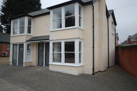 2 bedroom flat to rent - Kings Road, Halstead, Essex CO9