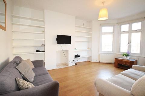 2 bedroom flat for sale - Salford Road, London, SW2