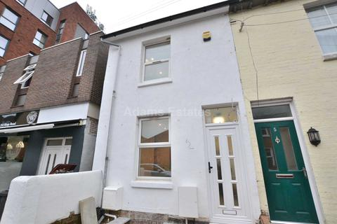 1 bedroom house share to rent - Room 4, Victoria Street, Reading