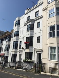 1 bedroom flat to rent - Queen Square, Brighton BN1
