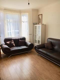 3 bedroom house to rent - Sirdar Road, London, N22