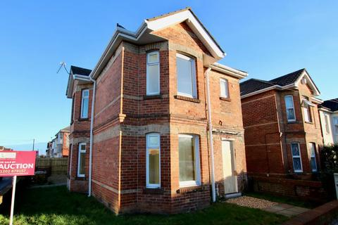 3 bedroom detached house for sale - Muscliffe Road, Bournemouth, Dorset, BH9 1PZ