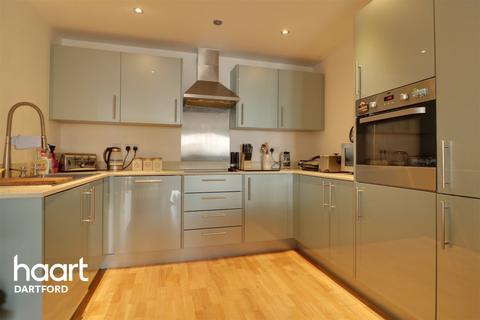 2 bedroom flat for sale - Creek Mill Way, Dartford