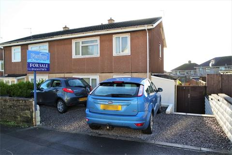 3 bedroom semi-detached house for sale - East Avenue, Kenfig Hill, Bridgend, Mid Glamorgan