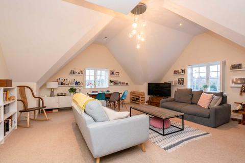 2 bedroom apartment for sale - CLOSE TO STATION, over 1100 Sq Ft, 2 BED 2 BATH