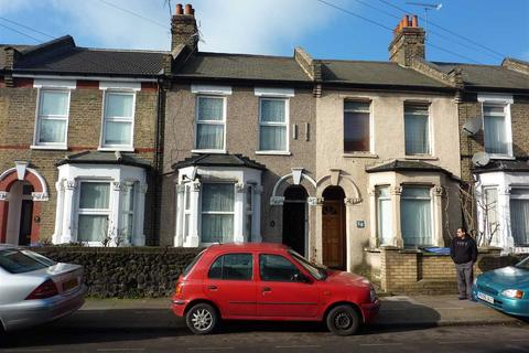 2 bedroom house to rent - Pretoria Road North, London