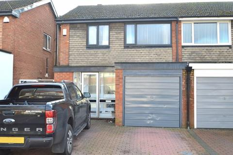 3 bedroom semi-detached house to rent - 62 Woodthorpe Road, Kings Heath, B14 7EL