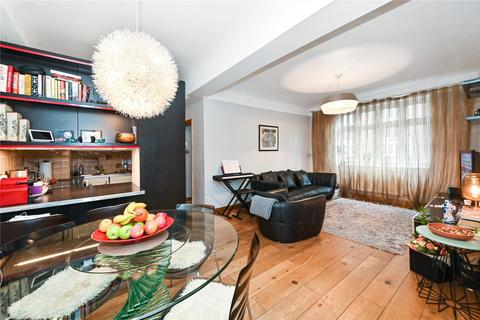 2 bedroom flat to rent - Grove Hall Court, Hall Road, London, NW8
