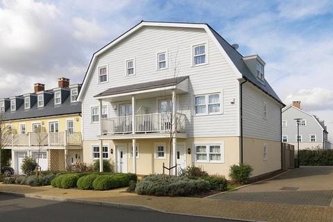 5 bedroom semi-detached house for sale - Westmount Close, Worcester Park, KT4