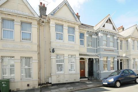 3 bedroom terraced house to rent - Eton Avenue, Plymouth