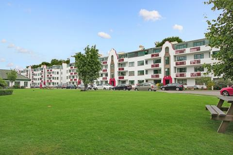 2 bedroom apartment to rent - Ealing Village, W5