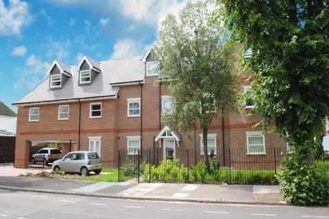 1 bedroom flat to rent - Lynton Road, W3