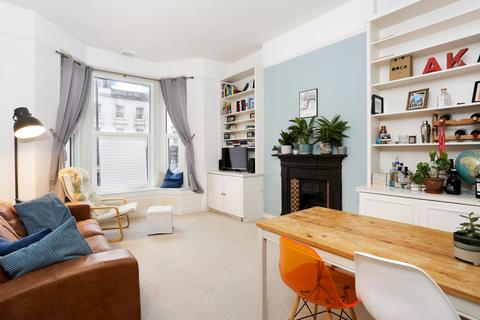1 bedroom apartment to rent - St John's Hill, Clapham Junction