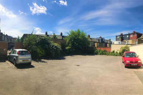 Parking to rent - Mitcham Road(Parking Bays), SW17
