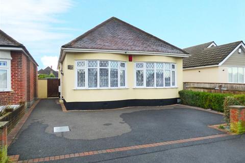 2 bedroom detached bungalow for sale - Alderley Road, Northbourne, Bournemouth