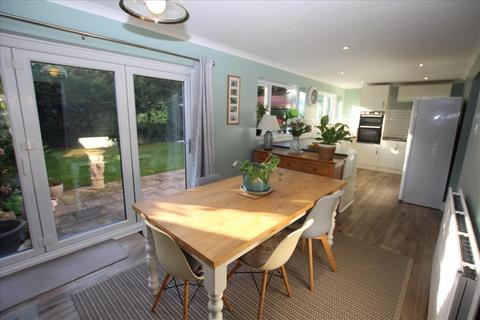 5 bedroom detached house for sale - The Knolls, Beeston, SG19