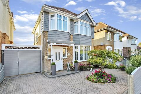 3 bedroom detached house for sale - Claremont Avenue, Bournemouth