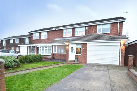 4 bedroom semi-detached house for sale - Stirling Drive, North Shields