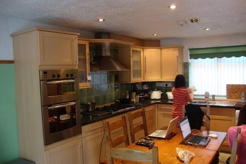 6 bedroom house to rent - 37 UNDERWOOD CLOSE, B15 2SX