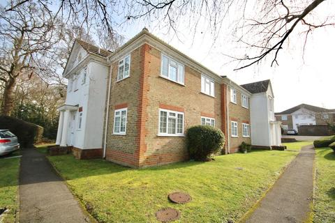 1 bedroom flat to rent - Dunnock Close, Rowland's Castle