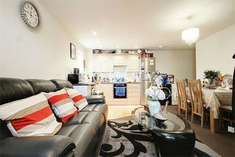 2 bedroom apartment to rent - Rossmore Close, Enfield, EN3
