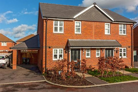 2 bedroom house for sale - Malthouse Way, Worthing