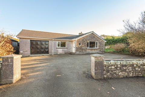 4 bedroom detached bungalow for sale - Looe