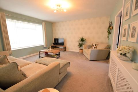 2 bedroom apartment for sale - Nightingale Close, Frampton Cotterell, BRISTOL, BS36
